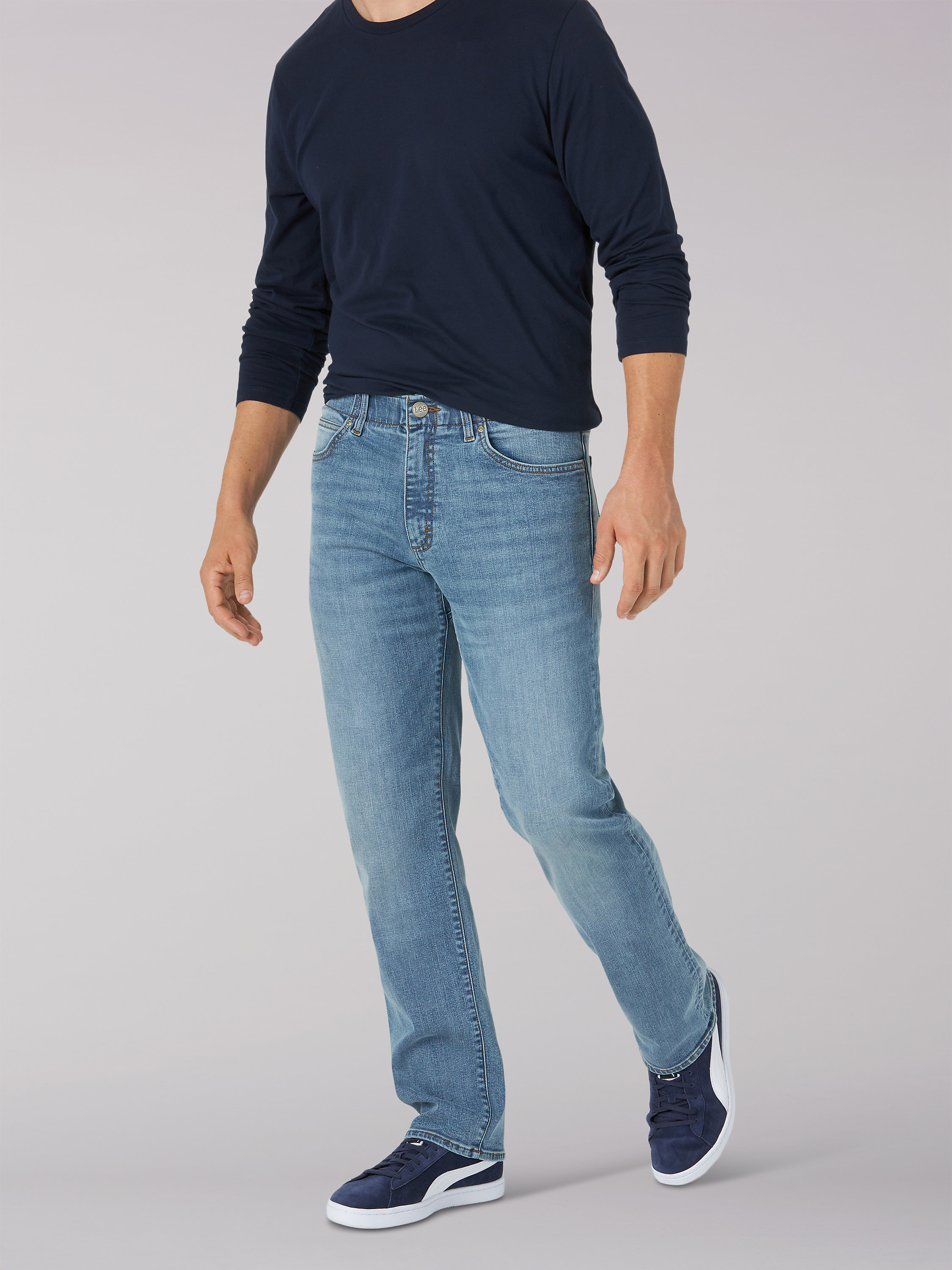 MEN'S EXTREME MOTION REGULAR FIT STRAIGHT LEG JEAN