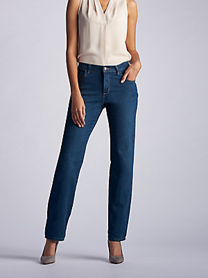 Women's Stretch Relaxed Fit Straight Leg Jean (Petite)