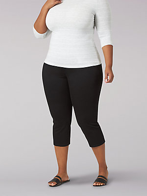 Women's Sculpting Slim Fit Pull-On Capri (Plus)