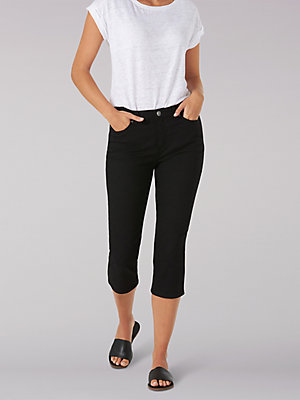 Women's Sculpting Slim Fit Capri