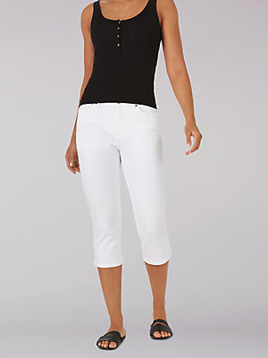 Women's Sculpting Slim Fit Capri (Petite)