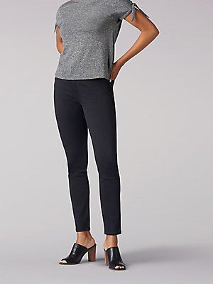 Women's Flex Motion Regular Fit Skinny Leg Jean