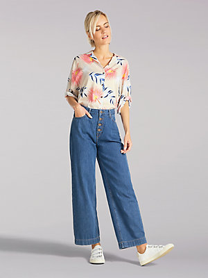 Women's Lee European Collection High Rise Button-Fly Cropped Wide Leg Jean